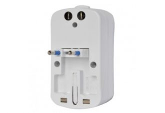 Tech4 Travel Adapter
