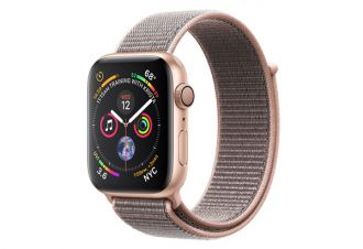 Watch series 4 GPS 44 mm Gold Aluminum Case with Pink Sand Sport Loop